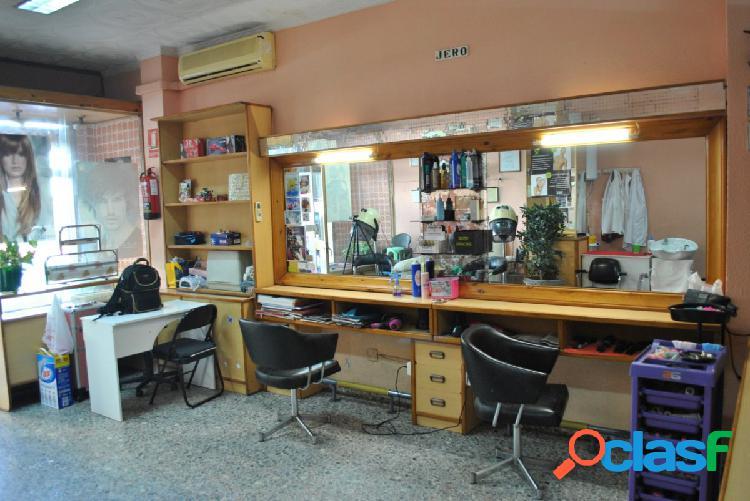 Local comercial como peluquería y estética