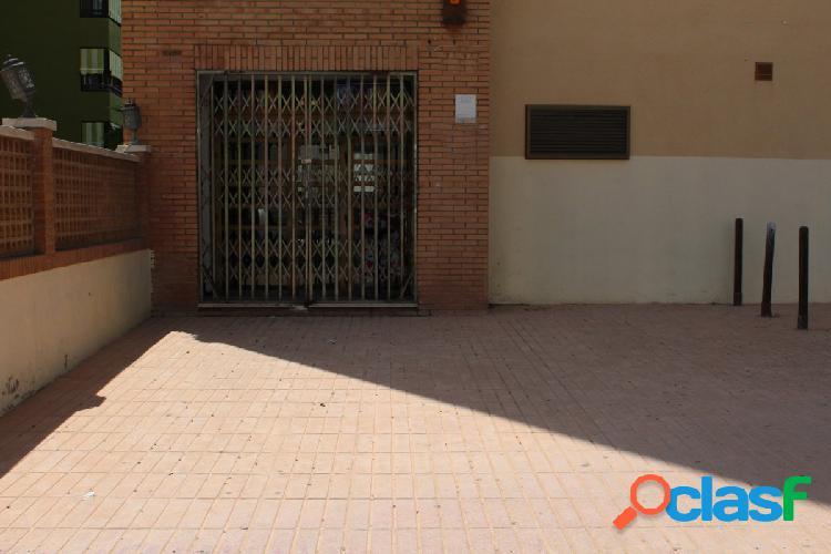 Local comercial en Benidorm zona Plaza de Toros