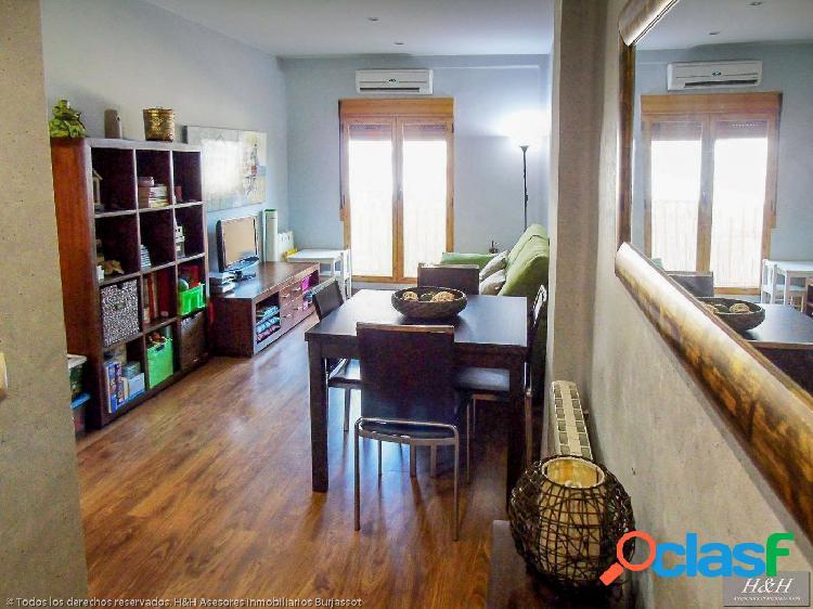 Se alquila piso reformado en Zona El Castell. / HH Asesores,