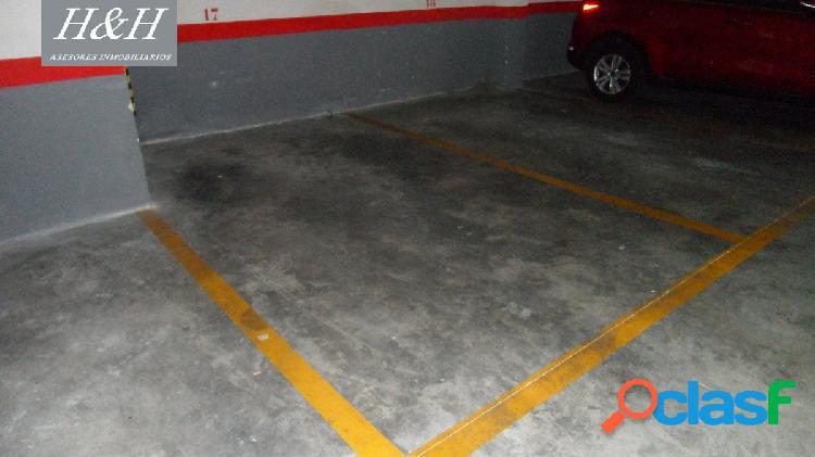 Se vende amplia plaza de garaje en Zona Ayuntamiento. / HH