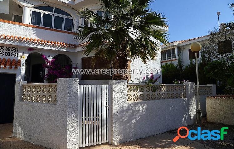 Se vende bungalow en planta baja en Los Urrutias (Murcia)