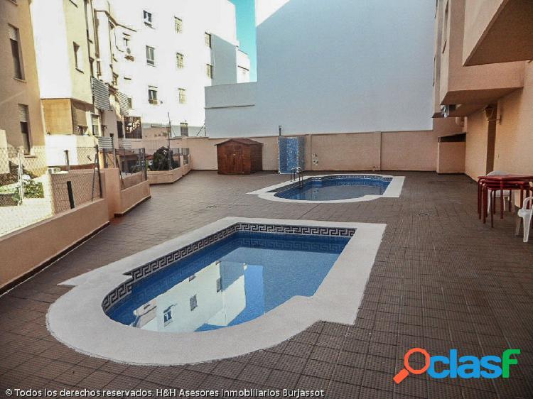 Se vende fantástico piso en Zona Eixereta. / H H Asesores,