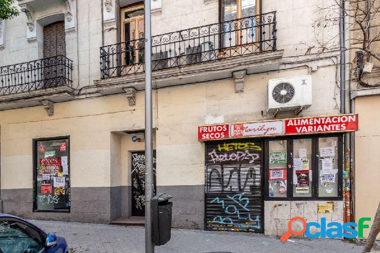 Se vende local comercial en Madrid