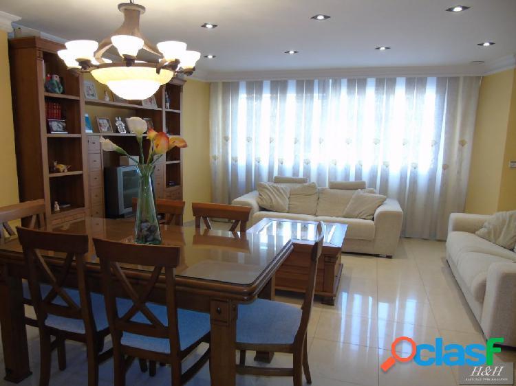 Se vende magnífica casa en Zona La Granja. / HH Asesores,