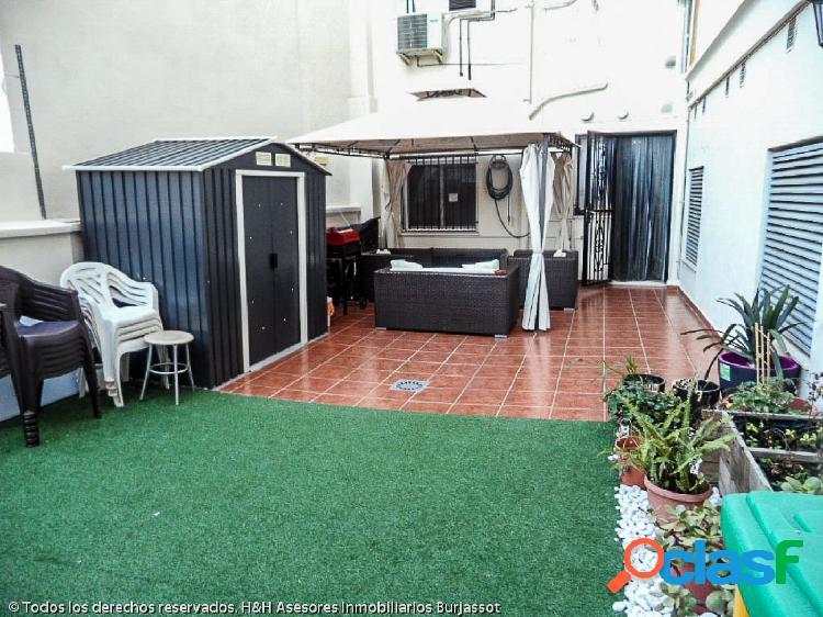 Se vende magnífica vivienda con terraza en La Eixereta /H H