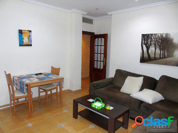 Se vende piso en planta baja Zona Casas Verdes/Burjassot. /H