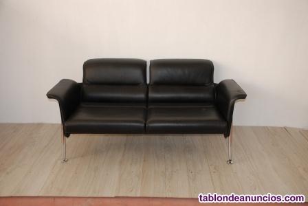 Sofá piel negro