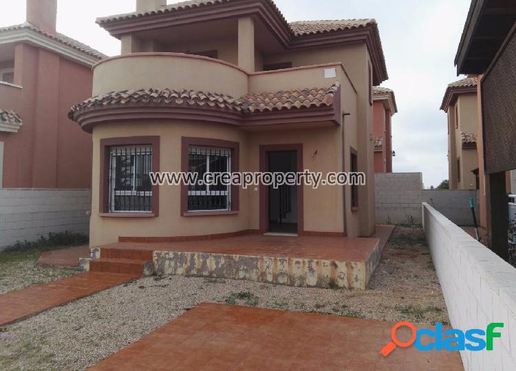 Villa individual a estrenar en Los Urrutias (Murcia)