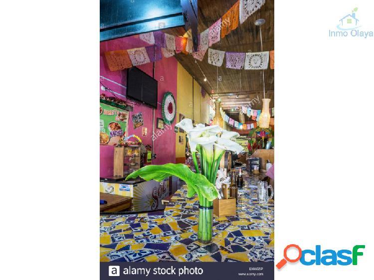 Bar Restaurante C3 en l' eixample con terraza