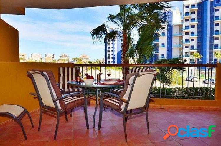 Bonito apartamento en primera planta en Punta Prima