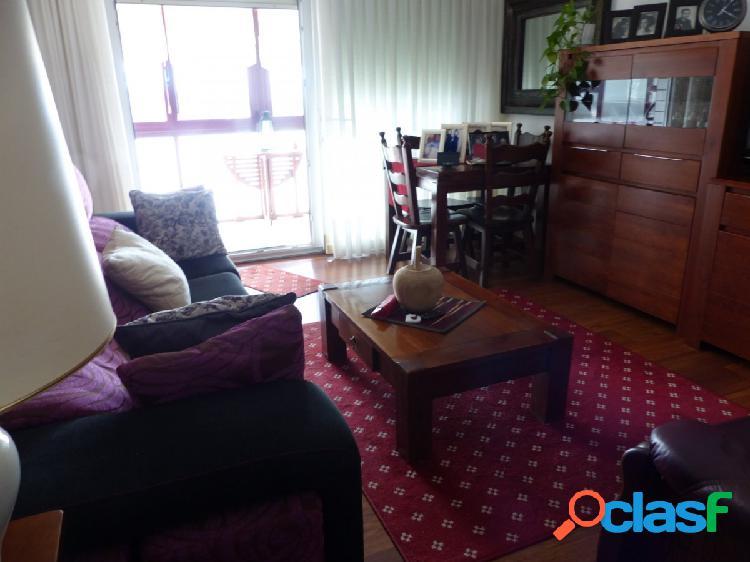 Bonito piso en Zabalbide con buenas vistas y muy soleado,