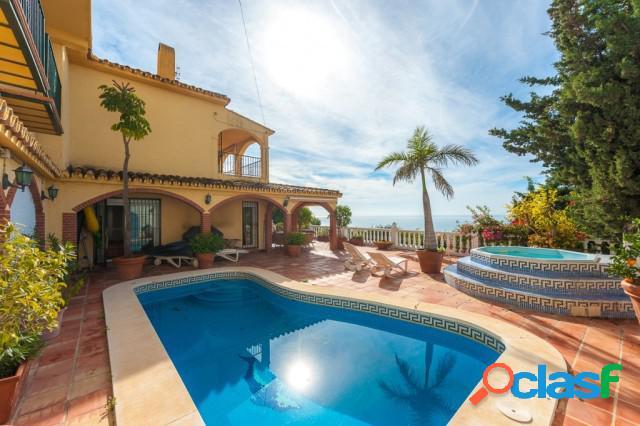 Casa-Chalet en Venta en Riviera Del Sol Málaga