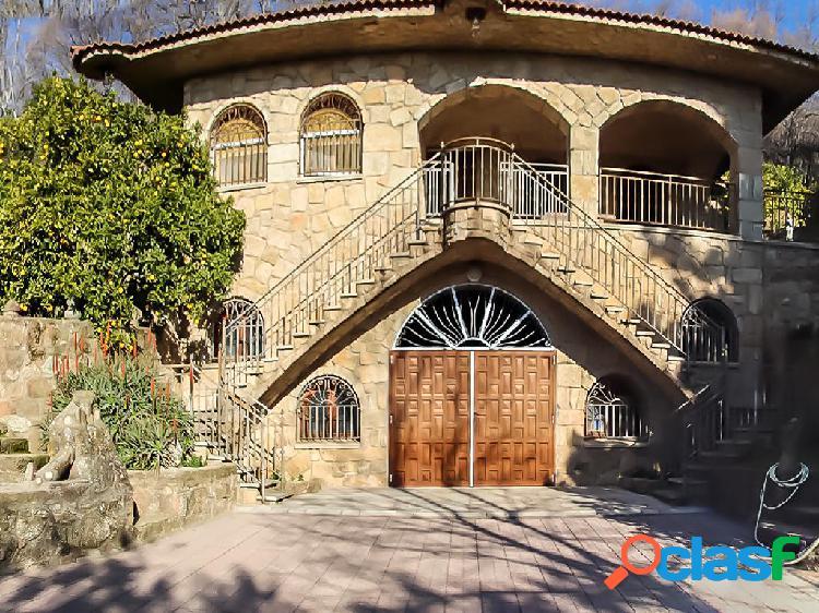 Casa de 250 m² en Calle Constitución, 10470 Villanueva de