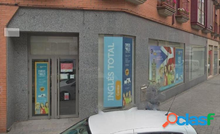 Local comercial en Madrid zona Puente de vallecas
