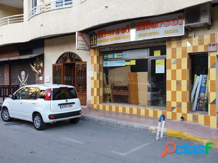 Local comercial en Plaza de La Marina