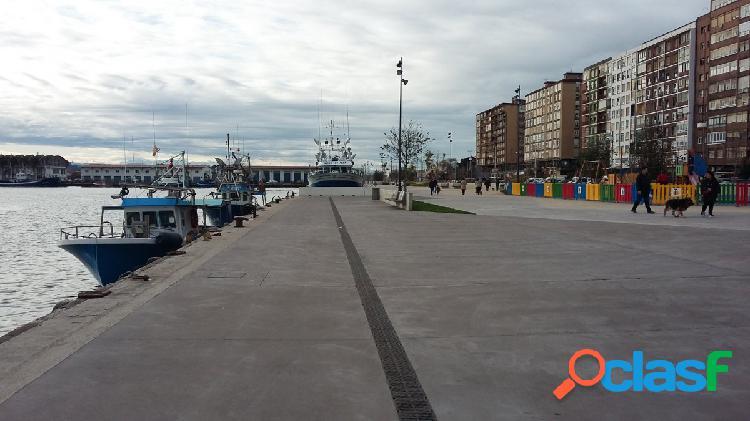 Piso de dos habitaciones en zona Castilla - Hermida