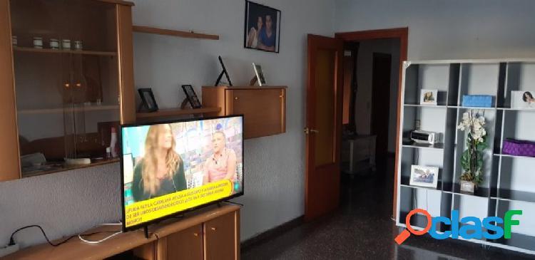 SE VENDE PISO EN ALGIROS 94 m2 3 HABITACIONES