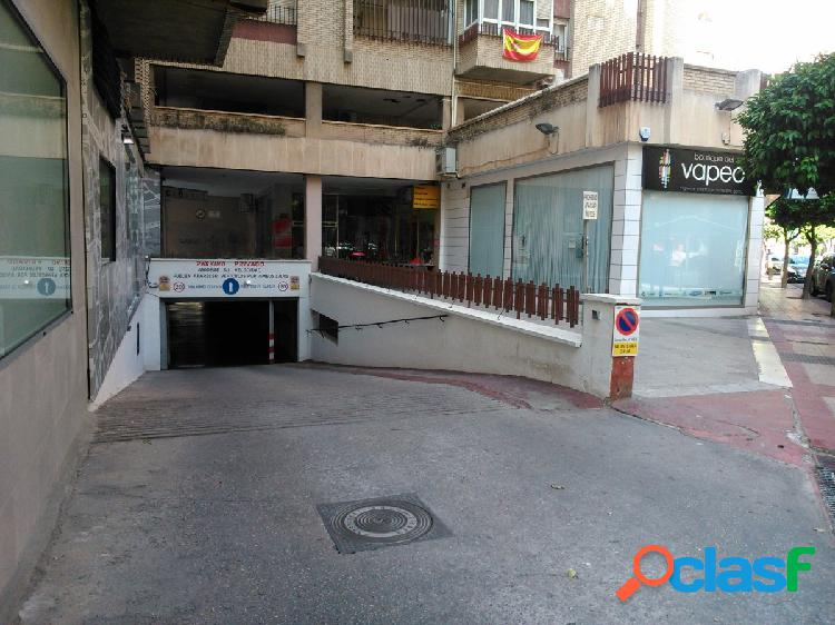 Se vende plaza de garaje en zona Corte Inglés