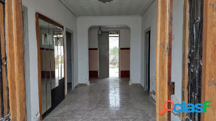 Vivenda en planta baja, junto Parque Alborgi y Torre de