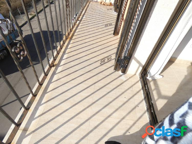 piso semi nuevo en Campos