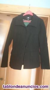 Abrigo color negro sin estrenar talla 42