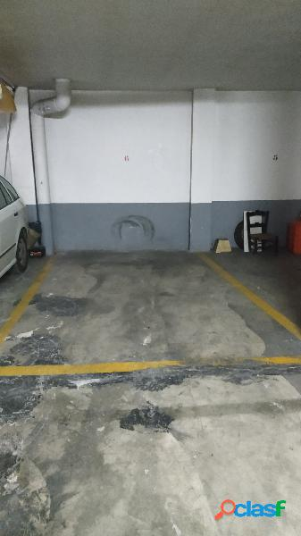 Alquiler de garaje en el centro.