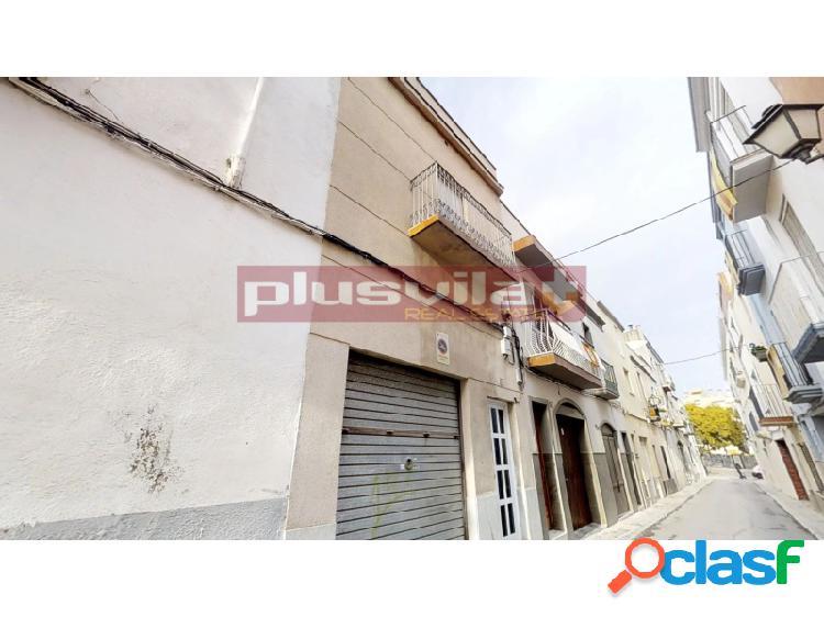 Casa de pueblo a reformar en La Geltru, Vilanova i la