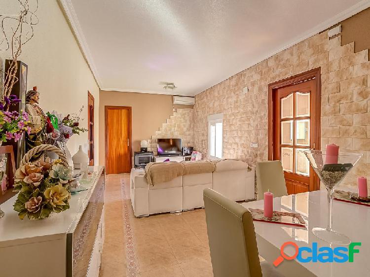 Chalet en venta de 320 m² en Calle de Casas de Pepe Chuan,
