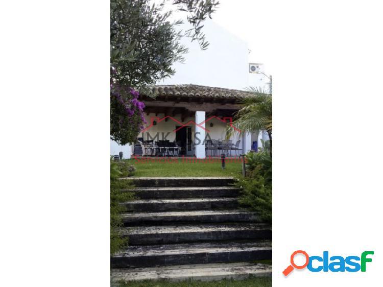 Chalet pareado en venta en Urb. ARCO IRIS, LOMAS DE MARBELLA