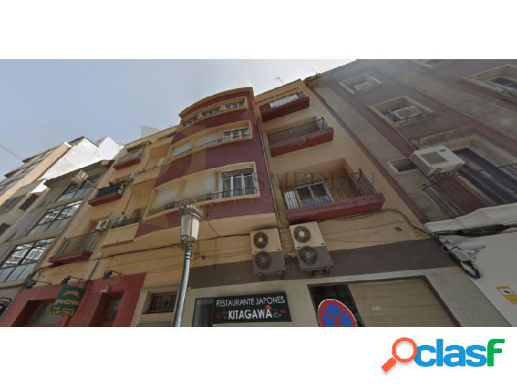 Estupendo edificio en centro de Alicante