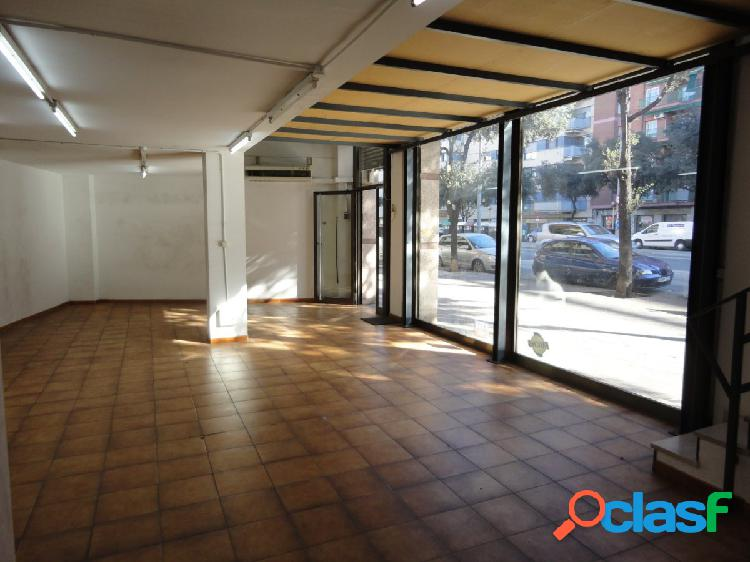 LOCAL COMERCIAL EN MARQUES DE COMILLAS CON GRAN