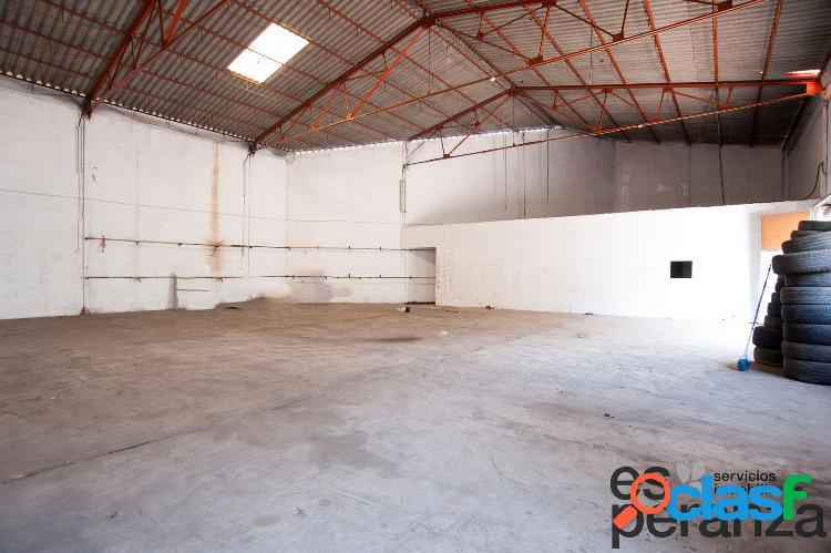 Nave industrial situada junto a la autovía, Murcia venta o