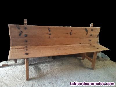 Banco antiguo de madera