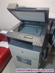 Impresora bizhub 210 en perfecto estado