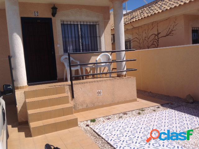 Bungalow en Alquiler en Orihuela Costa, Alicante