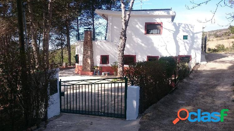 Bungalow en Venta en Buñol, Valencia