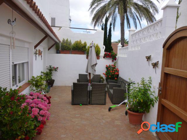 Casa adosada en Alquiler en Santa Eulalia del Río, Baleares