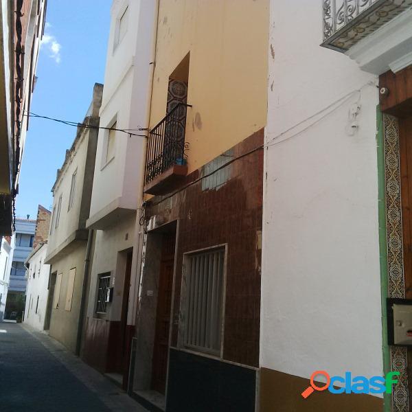 Casa adosada en Venta en Catadau, Valencia