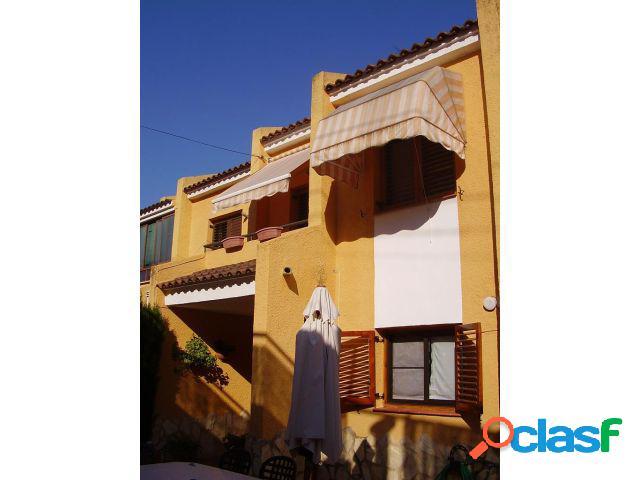 Casa adosada en Venta en Chiva, Valencia