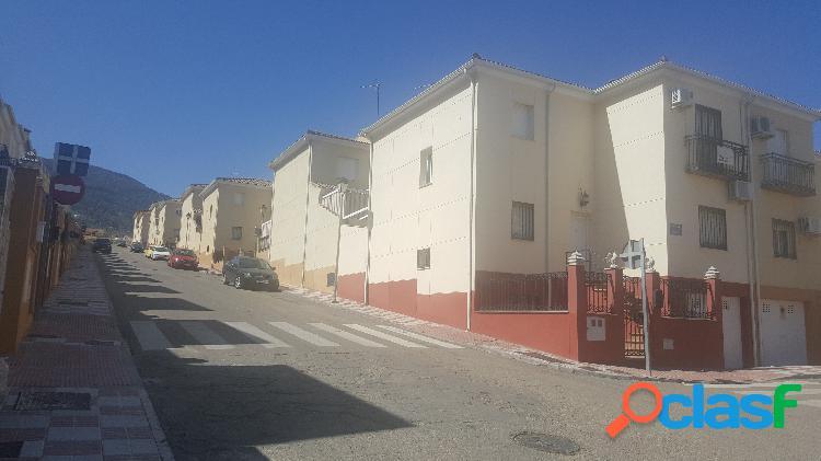 Casa adosada en Venta en Mancha Real, Jaén