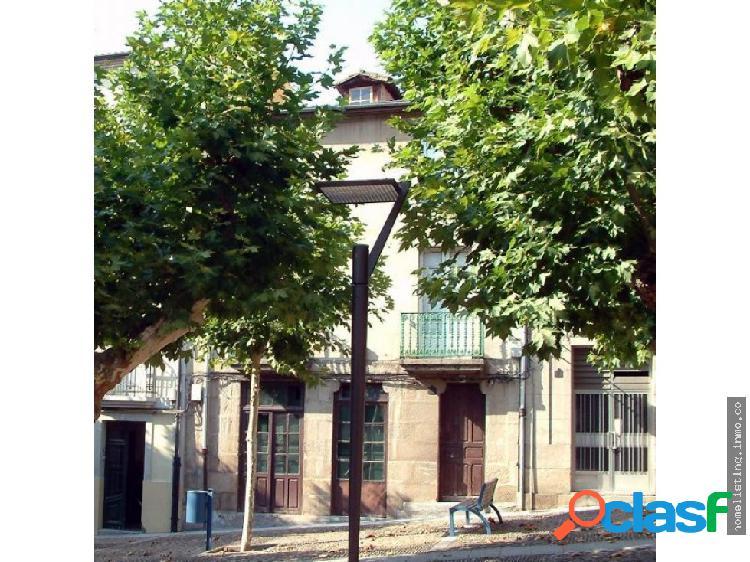 Casa céntrica en casco histórico de Orense