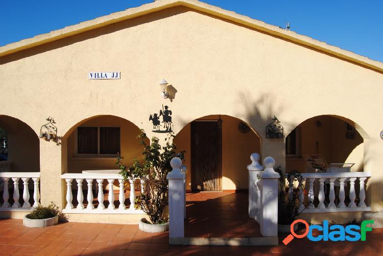Casa en Venta en Bisbal del Penedès, Tarragona