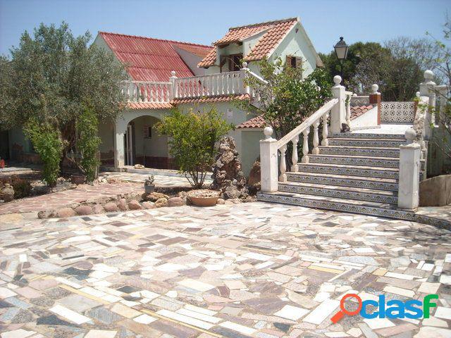 Casa en Venta en La Pobla de Vallbona, Valencia