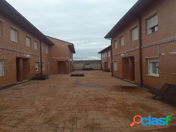 Casa en venta de 165 m2 en Calle Somosierra, María de