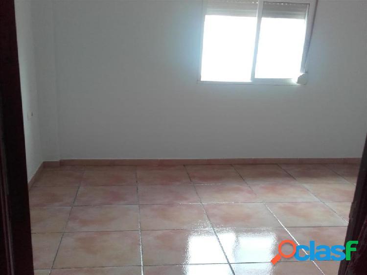 Casa en venta en Algeciras, Cádiz en Calle Núñez de