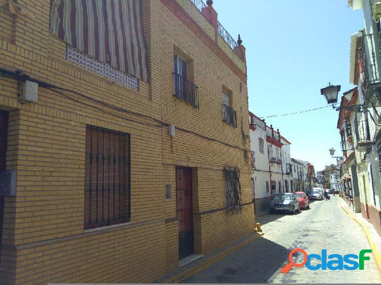 Casa en venta en Benacazón, Sevilla en Calle El Rubio