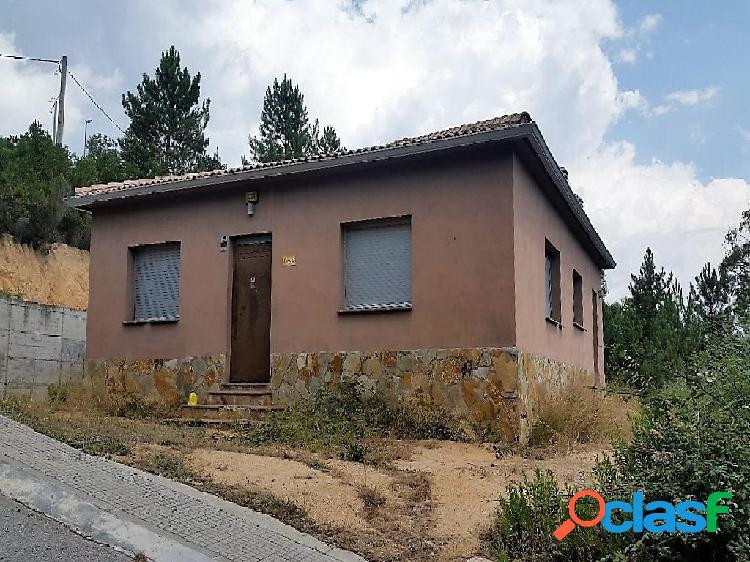 Casa en venta en Riudarenes, Girona en Calle Lirios