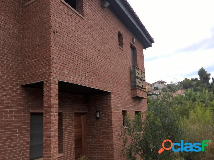Casa en venta en Sant Pere de Ribes, Barcelona en Calle el