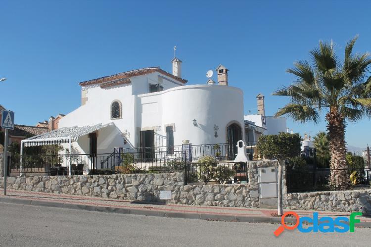 Chalet en Venta en Algorfa, Alicante