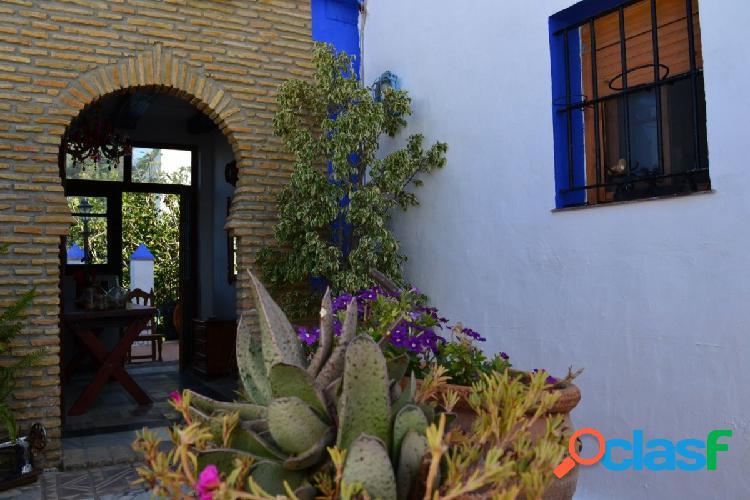 Estupenda Casa en Zahora